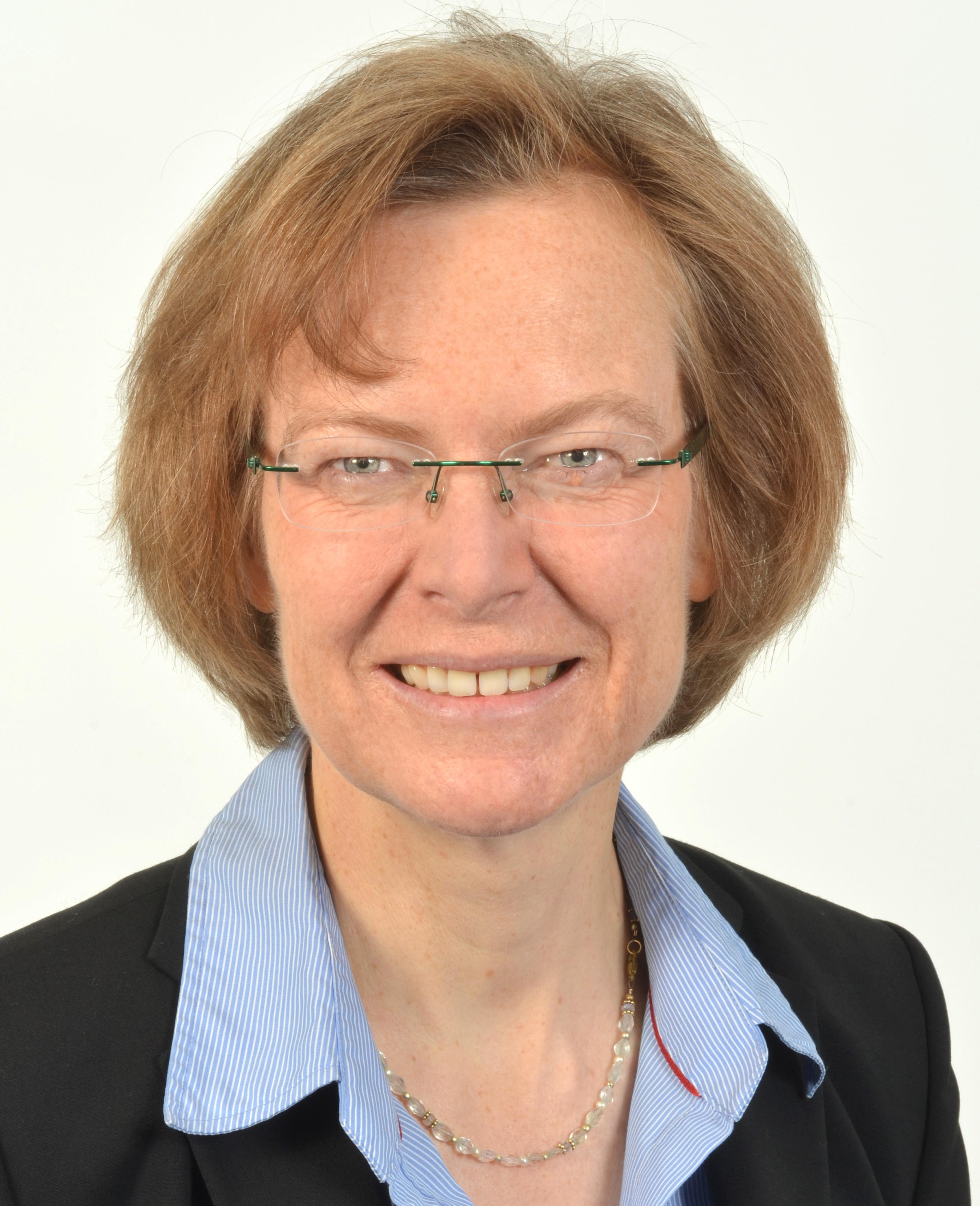 Prof. Stefanie Reese